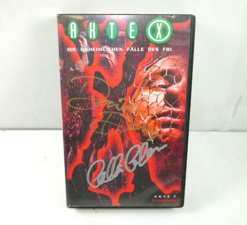 AKTE X - Folge 7 TUNGUSKA auf VHS / Signiert DAVID DUCHOVNY Gillian Anderson K42