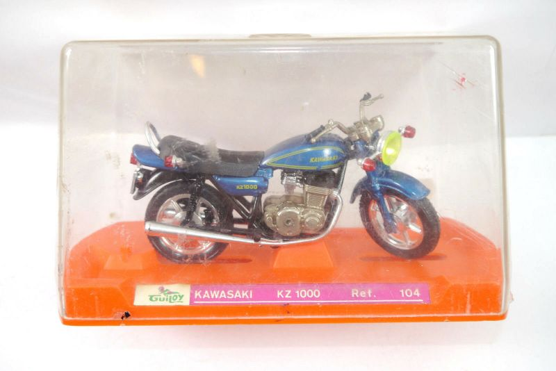 GUILOY Kawasaki KZ 1000 Ref. 104 Motorrad dunkelblau Modellauto ca.14cm (K13)