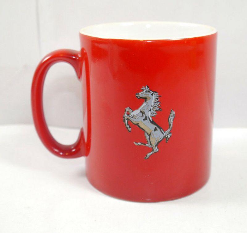 FERRARI rot red mit Pferd Horse Tasse Kaffeebecher mug - mit OVP (K67)