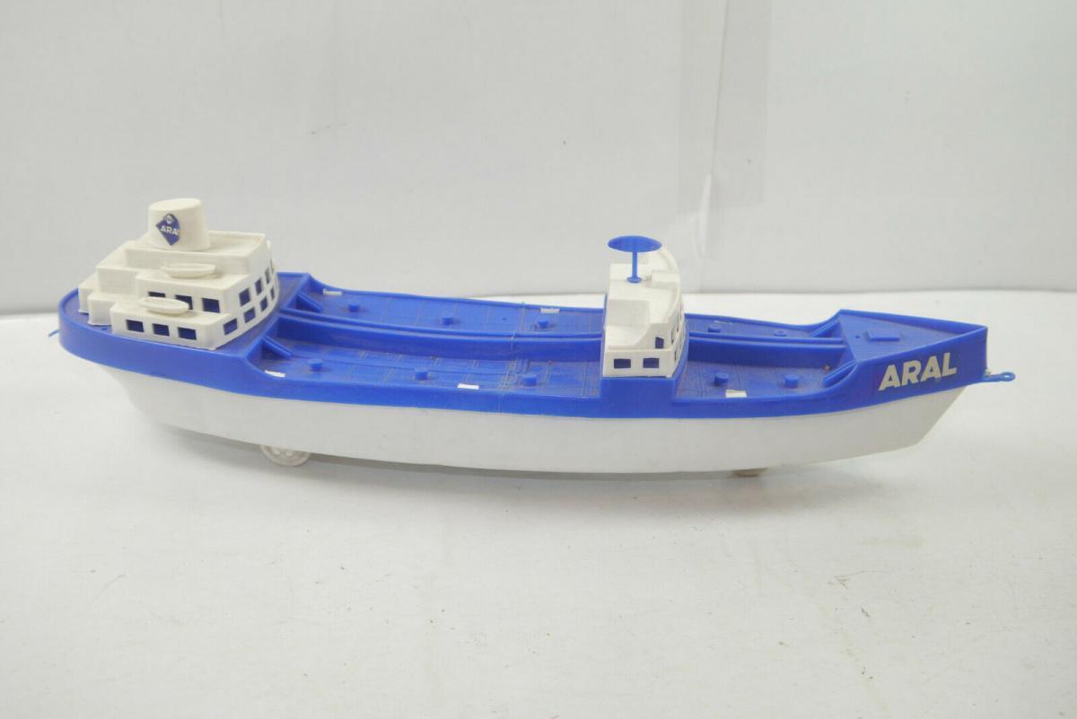 Aral SCHIFFSMODELLE Schiff Plastik Jaen Höfler ?  Standmodell ca. 40cm (K39)