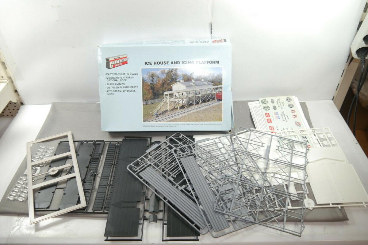 Walthers Cornerstone Ice House and icing platform 933-3049 H0 1:87 ( MF10 )
