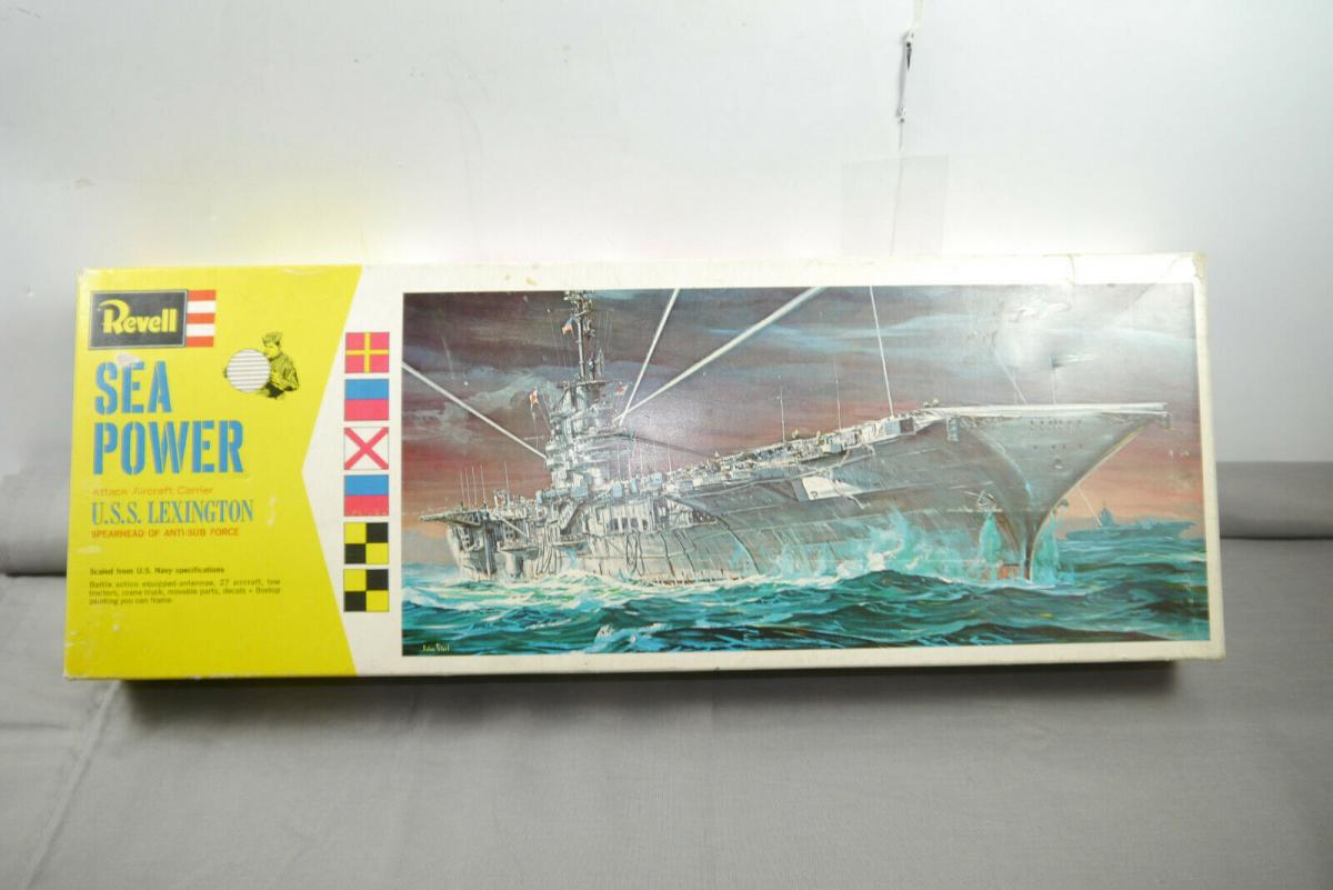 REVELL Sea Power U.S.S. Lexington H-426 Plastik Modellbausatz ca.51cm  (F9)