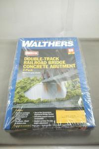 Walthers Cornerstone Double - Track Railroad Bridge Concrete Abutment H0  (MF19)