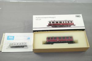 Piko Verbrennungstriebwagen VT135 der DR Spur H0  ( WR4 )
