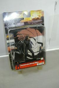 JAMES BOND 007 Tomorrow Never Dies Figur Dragon Bond Girl Wai Lin 1:16 ( K93 ) B