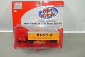 Classic Metal Works Mini Metals Hennis IH R-190 Tractor 32 Aerovan Trailer K55)L