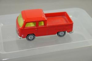SIKU 302 VW Bus  rot 0211 0216 gelbe Scheiben 1331 ca.7 cm (K27) #08