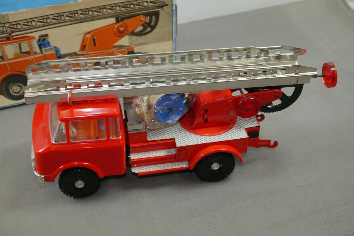DDR MS Brandenburg Feuerwehr 0625 mit OVP ungespielt   (K47) 1