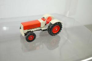 SIKU V287 Traktor rot beige   ca.8 cm (K66) #24