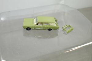 SIKU  V264 Ford 17M Turnier olivegrün ca.7,5cm (K66) #12