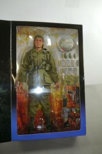 Platoon Tom Berenger als Sgt. Barnes Actionfigur SIDESHOW 1:6 Neu (L)