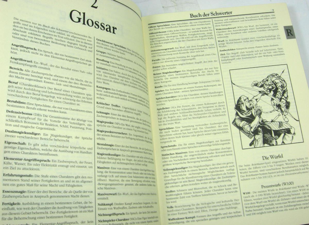 ROLE MASTER Buch der Schwerter 4.Auflage ROLLENSPIEL Tabletop QUEEN GAMES (B1) 1