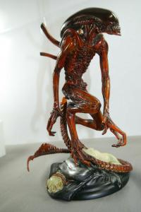ALIENS Alien Warrior Statue  Actionfigur Sideshow ca. 28cm mit Box (L)