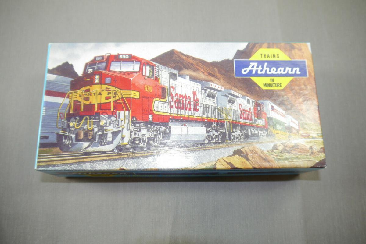 Athearn H0 5051 50´SD Box Car ATSF Super Chief #11007   mit OVP  ( K87 ) 0