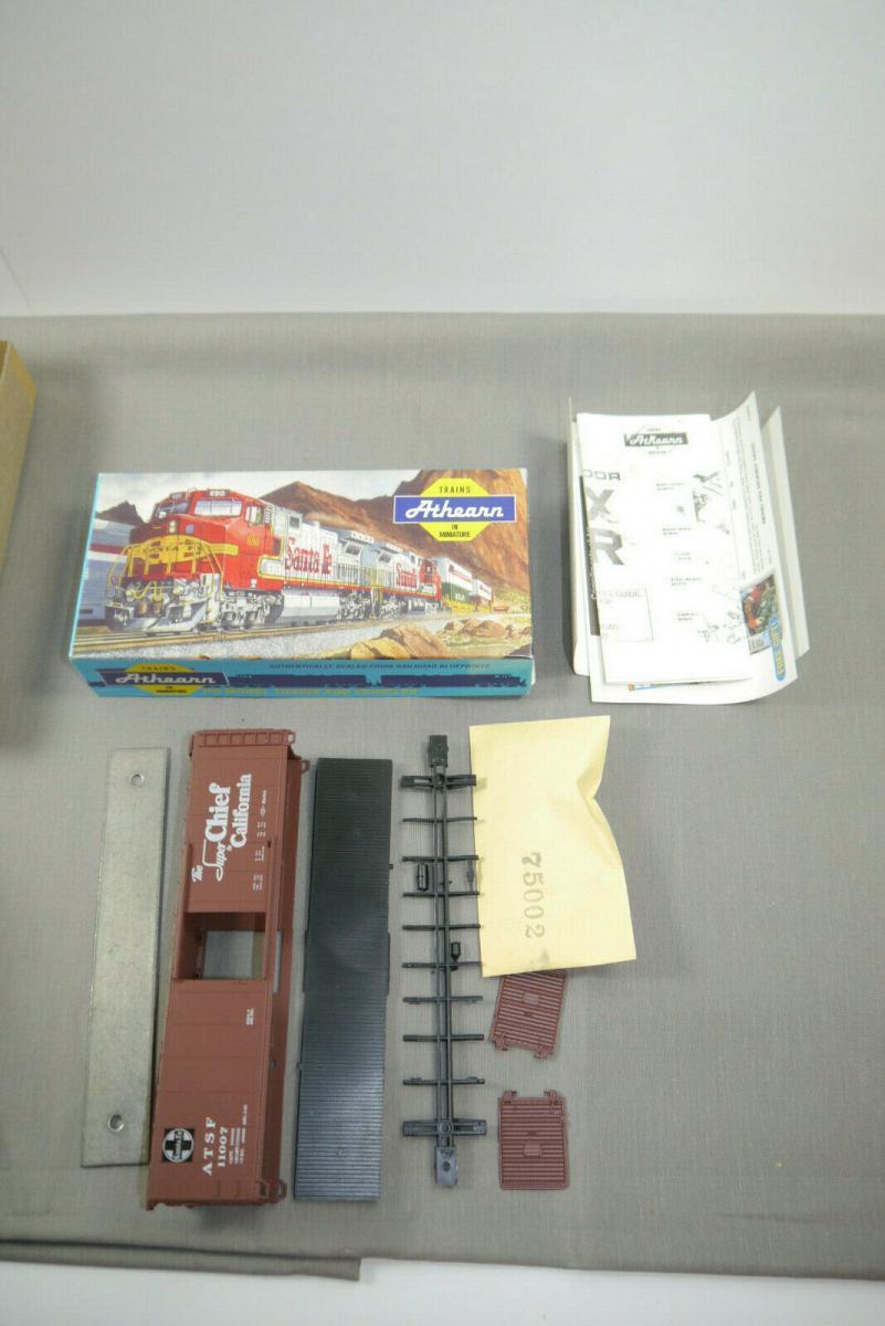 Athearn H0 5051 50´SD Box Car ATSF Super Chief #11007   mit OVP  ( K87 ) 1