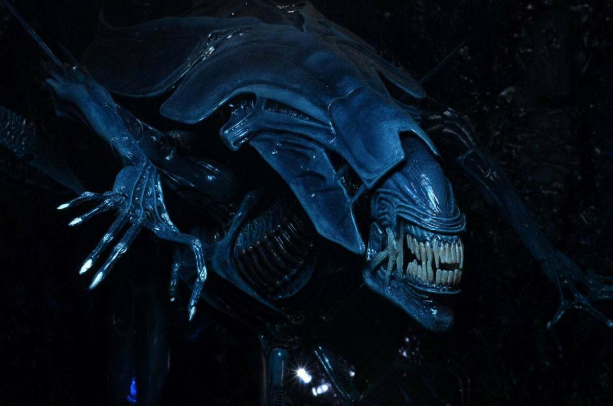ALIENS Ultra Deluxe Alien Queen Actionfigur NECA ca.38/76 cm Neu (KA6) * 3