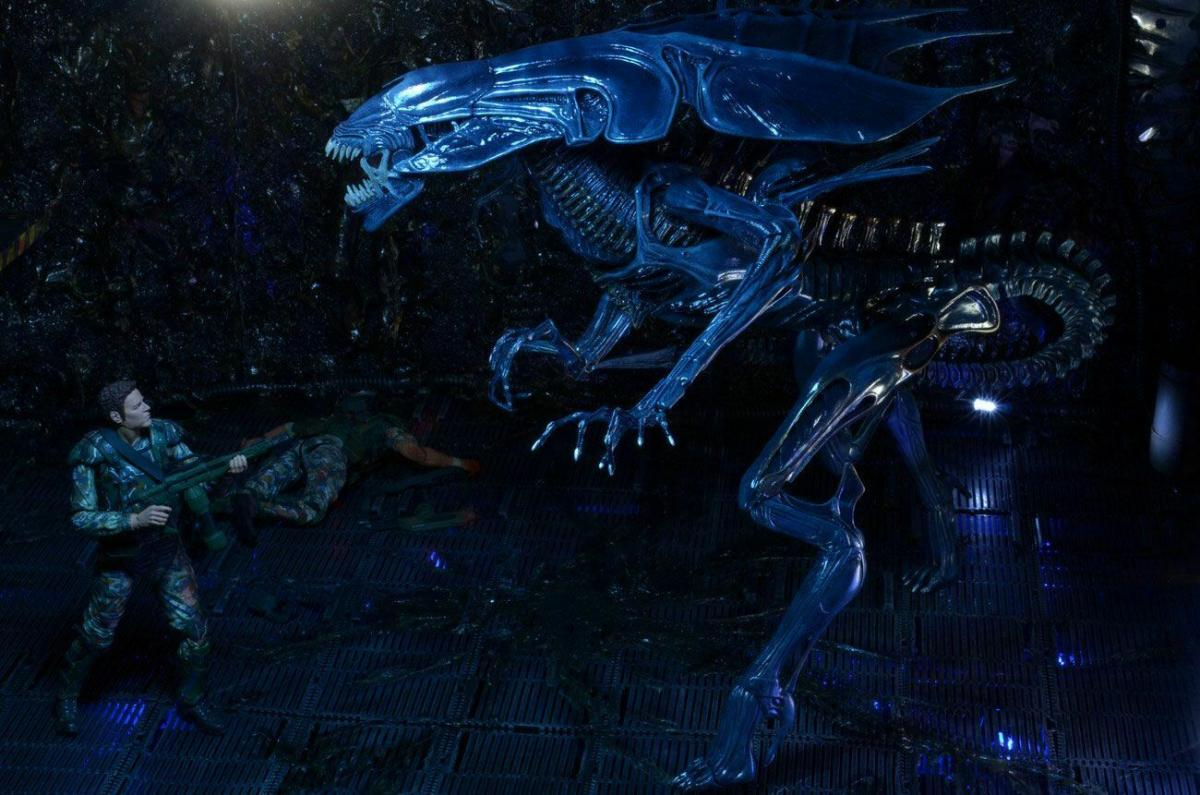 ALIENS Ultra Deluxe Alien Queen Actionfigur NECA ca.38/76 cm Neu (KA6) * 6