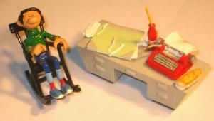 GASTON LAGAFFE sitzend am Schreibtisch Metall Figur Limitiert Pixi ca.6cm Neu *