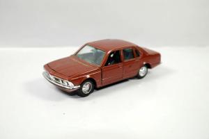 GAMA 894 Mini BMW braun brown Metall Modellauto 1:43 (K33) #06