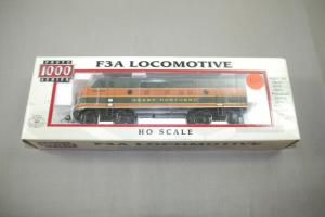 Proto 1000 F3A Locomotive  30695 Great Northern H0 in Box   ( K26)