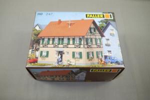 Faller  130247 Zweifamilienhaus mit Fachwerk  247  Modellbausatz H0 Neu (MF24 )