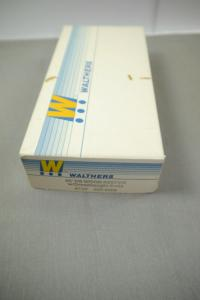 Walther 40´DS Wood Reefer w/Dreadnaught Ends ATSF 932-2308 (K17 )E