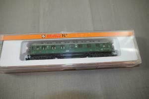 Arnold 3380 Personenwagen piccolo Spur N  ( K89)