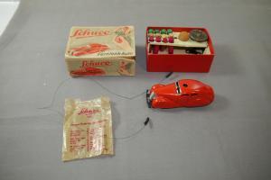 SCHUCO Fernlenk Auto Patent 3000 in US Zone rot  Modellauto mit OVP (K4)