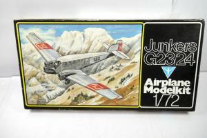 AIRPLANE MODELKIT Junkers G23/24 Flugzeug Plastik Modellbausatz 1:72 (F21)