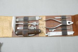 Carl Schlieper Taschenmesse Set mit viel Zubehör für Simens Ledertasche  K57