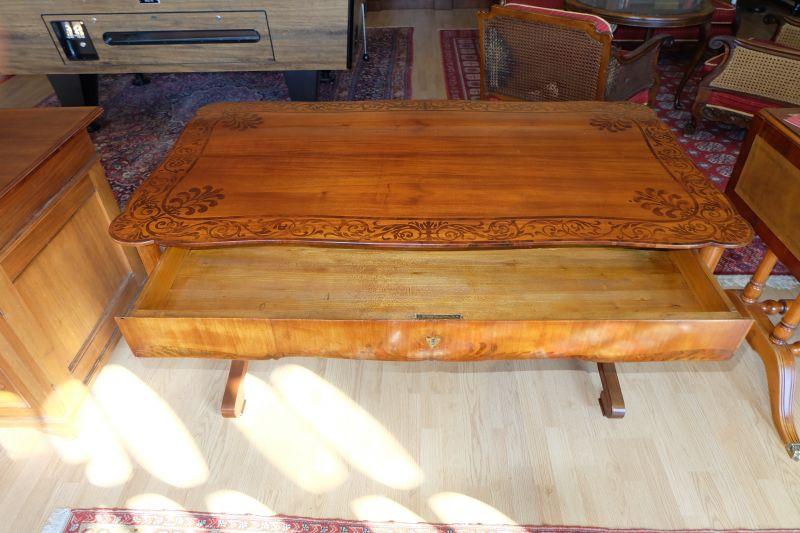 wunderschön restaurierter Biedermeier Schreibtisch 1