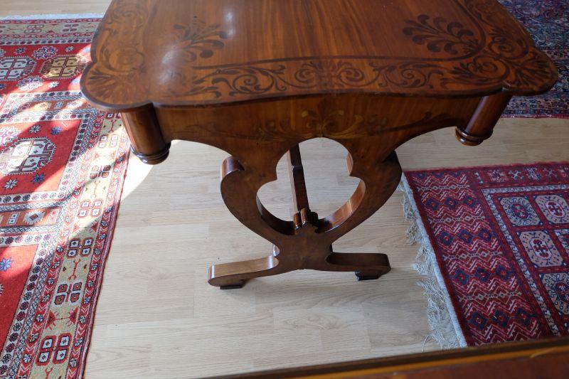 wunderschön restaurierter Biedermeier Schreibtisch 3