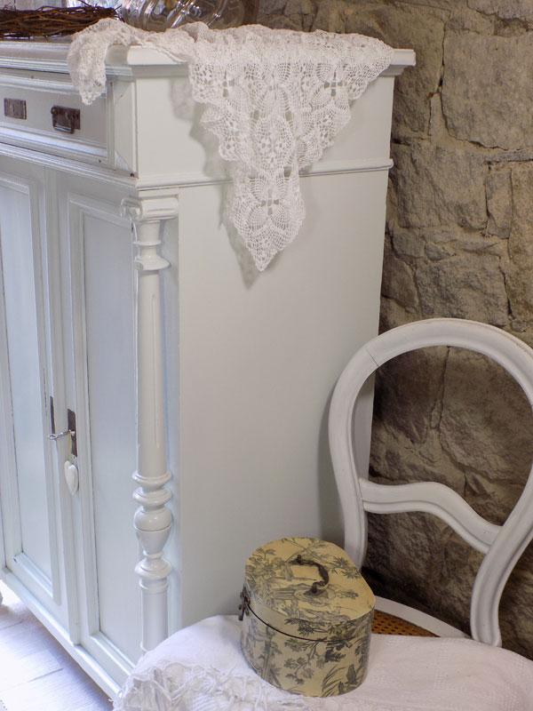 antikes Vertiko, Säulenvertiko im Shabby-Chic 2