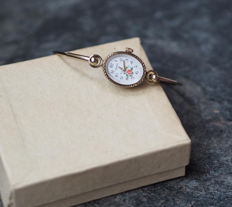 Russische Damen Armbanduhr CHAIKA 1970er 1