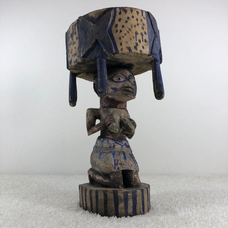 Weibliche Skulptur - Nigeria um ca. 1940 0
