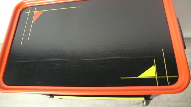 50er 60er Servierwagen Teewagen 2 Ebenen in Schwarz Rot  Gelb mit Space Age Muster, Mid Century  3