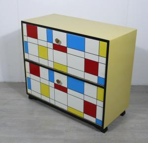 50er Schuhschrank 2 Klapptüren Mondrian Stil Muster, Mid Century Modern (1 von 2 Schränken)