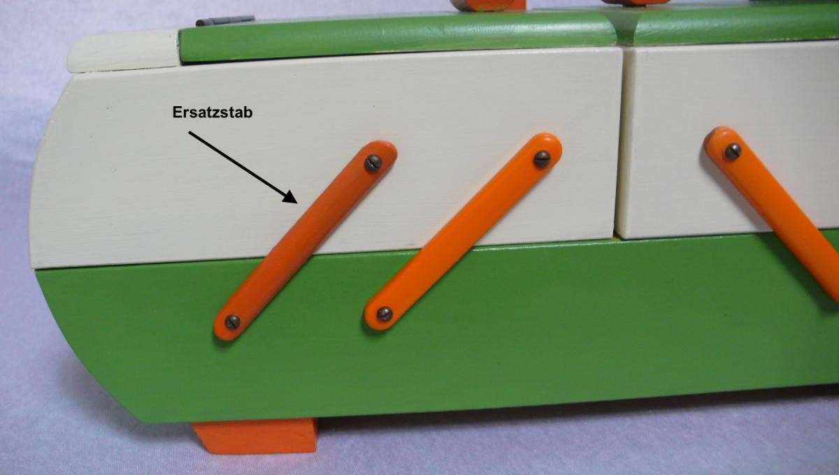 Antiker Nähkasten 2 Ebenen Akkordeon Auszug original Grün Creme Orange aus der Art Déco Era, 30er 40er 5