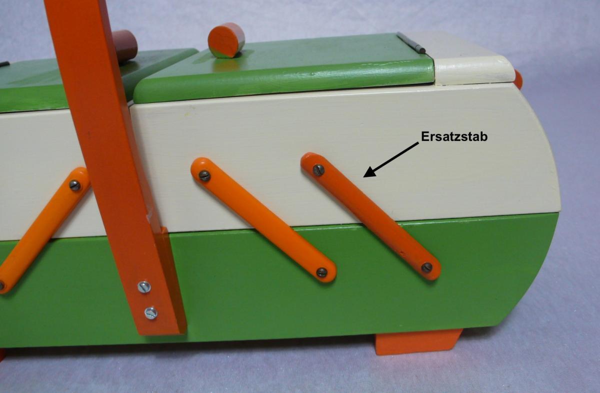 Antiker Nähkasten 2 Ebenen Akkordeon Auszug original Grün Creme Orange aus der Art Déco Era, 30er 40er 6