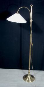 50er STEHLAMPE alter Berliner Stil, Messing mit Metall Lochblech Schirm weiß
