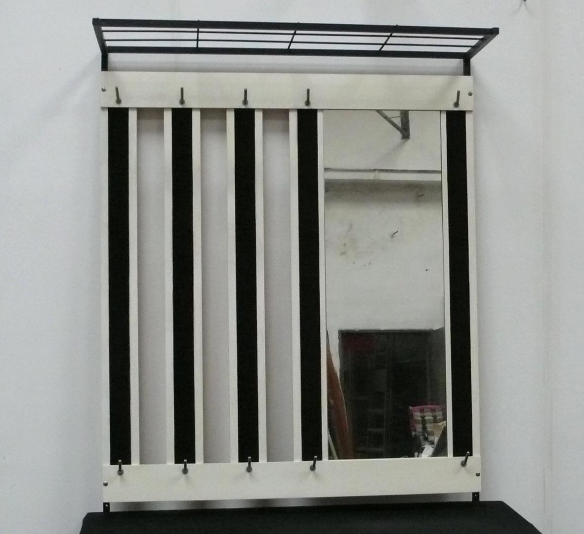 50er 60er Wand Garderobe mit Hutablage + Spiegel, weiß + weinrot 1