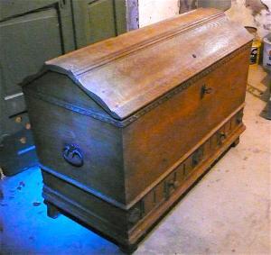 Antike Truhe Aussteuertruhe sehr groß, Eiche mit 2 Schubladen, original Zustand von ca. 1880 oder älter