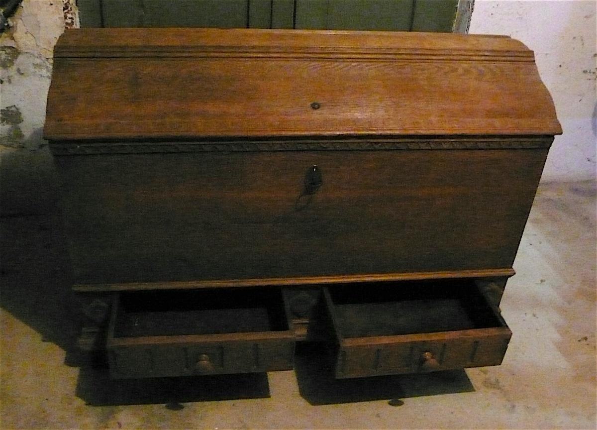 Antike Truhe Aussteuertruhe sehr groß, Eiche mit 2 Schubladen, original Zustand von ca. 1880 oder älter 1