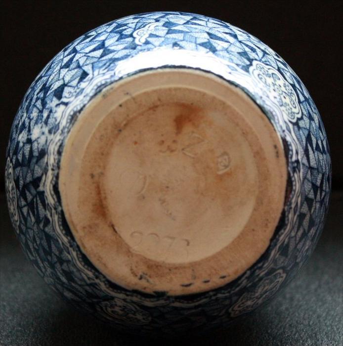 keramik vasen garnitur um 1900 marke anton mehlem bonn. Black Bedroom Furniture Sets. Home Design Ideas