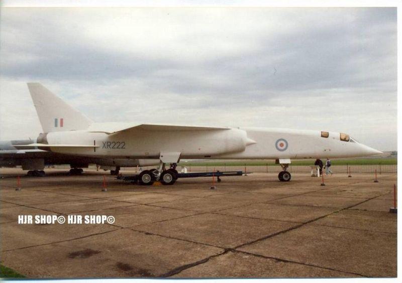 Taktischer Bomber     Aufklärer--XR222