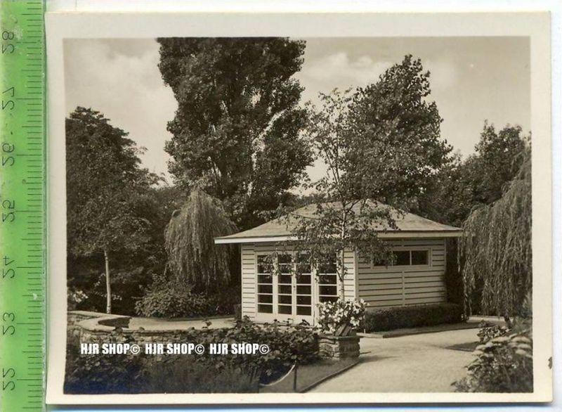 Essen, Grugapark, ca. 1930/1940,  Sammelfoto 9,2 x 7 cm,  Gartenhaus im Stauden-Sondergarten