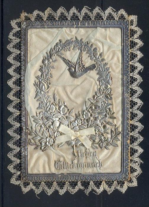 15 Juni 1894-Herzlichen Glückwunsch zur silbernen Hochzeit  Mit Stoff und Silberdekoration bestückt Maße: 12 x 9 cm Erha