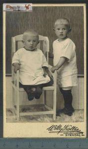 Altes Foto auf PappeWilly Koltze, Stendal, Maße: 10,3 x 6,3 cmZustand: GutWir haben ständig altes China-Porzellan im SHO