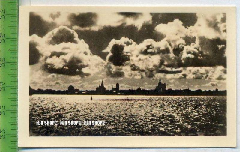 Stralsund, ca. 1920/1930,  Sammelfoto 9 x 6 cm,  Stralsund im Abendlicht