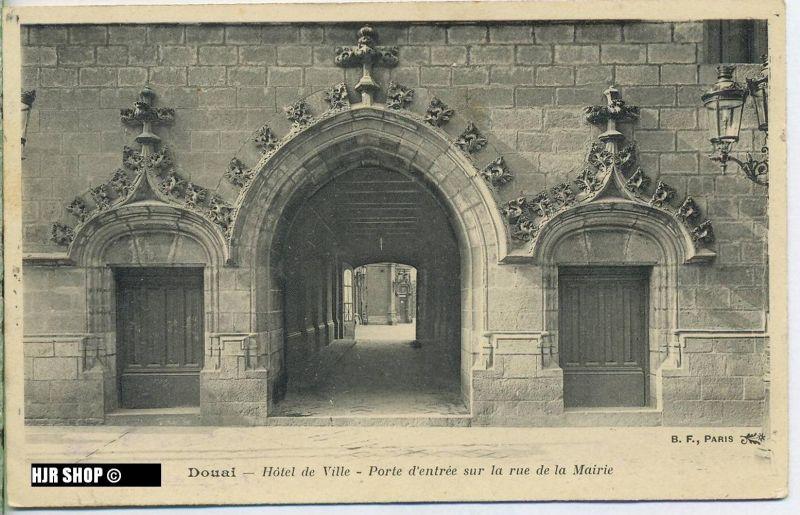 """um 1910/1920 Ansichtskarte (Feldpost) """"Hotel de Ville"""",  gelaufene Karte mit Stempel"""